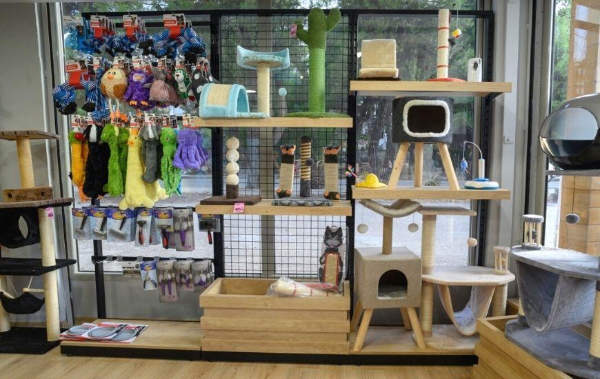 ραφια pet shop για παιχνιδια αξεουαρ ονυχοδρόμια
