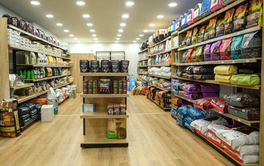 ραφια τροφων για pet shop